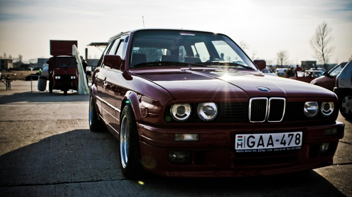 -Bmw-Cars-Vehicles-Wheels-Bmw-E30-Automobiles-Bmw-3-Touring-Fresh-New-Hd-Wallpaper--
