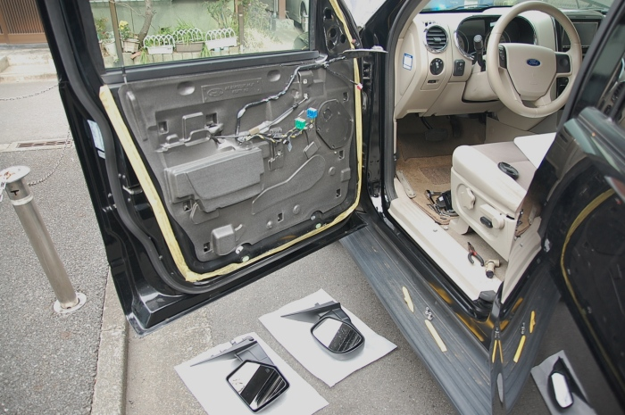 フォードエクスプローラー USミラー交換