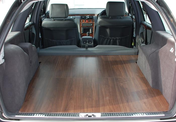 メルセデスベンツ Eクラス ステーションワゴン W210 S210 中古車 ドレスダウン 商用車仕様 アウトドア サーフィン キャンプ 車中泊