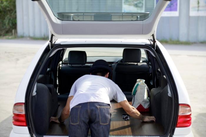 メルセデスベンツ トランク ラゲッジ フローリング リビングルーム W210 S210 Eクラス E-class サーフィン キャンプ アウトドア 車中泊 旅行
